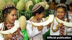 Çagalar gawun baýramçylygynda, Türkmenistan