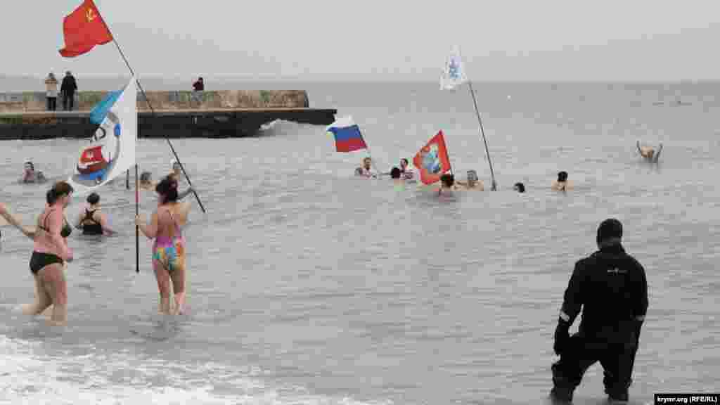 Прапори в морі