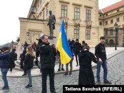 Місцеві жителі, які підтримали акцію українських студентів