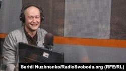 Вокаліст групи «Бумбокс» Андрій Хливнюк у студії Радіо Крим.Реаліъ, 1 жовтня 2020 року
