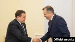 Premierul Ion Chicu și șeful misiunii Fondului Monetar Internațional pentru Moldova, Ruben Atoyan, Chișinău, 26 noiembrie 2019