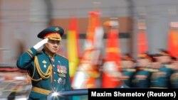 Министр обороны России Сергей Шойгу на военном параде в Москве. 9 мая 2018 года.