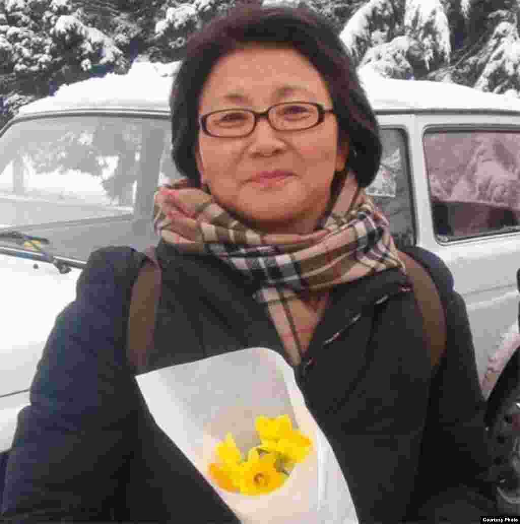 Роза Отунбаева в Оше, февраль-март, 2005