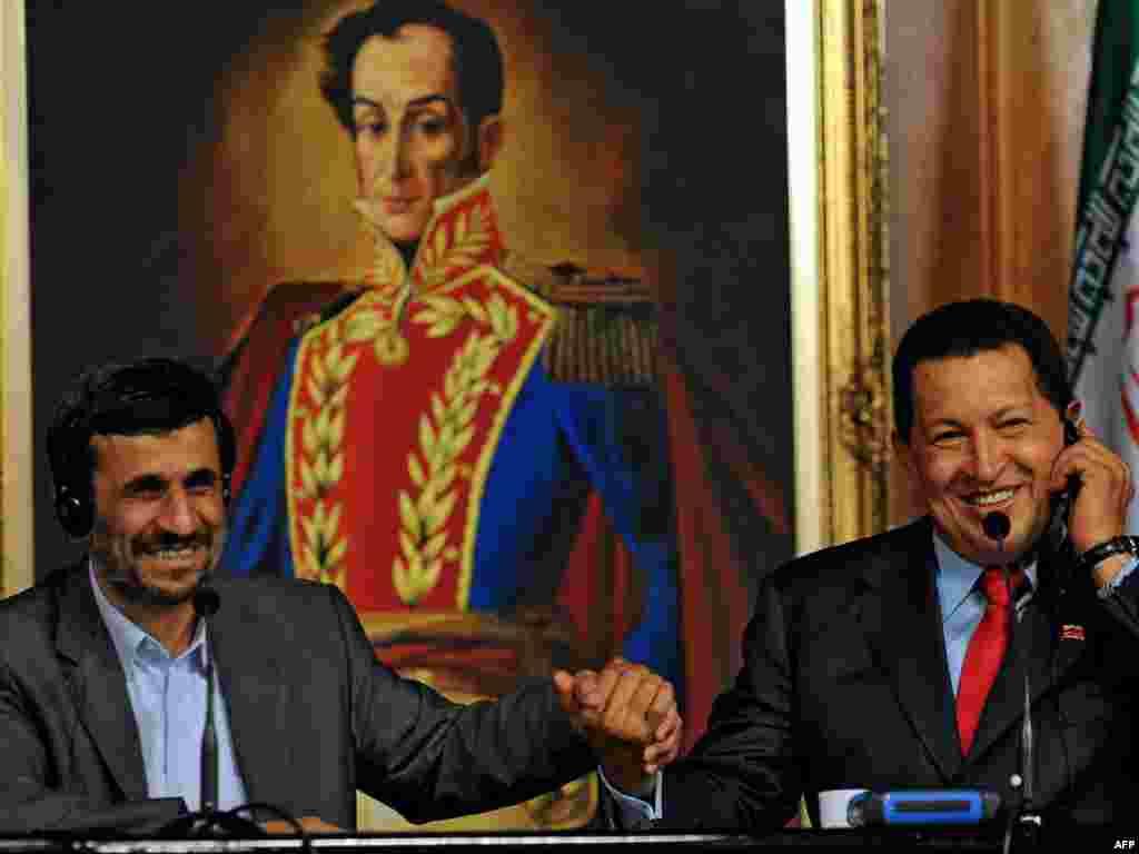 ونزوئلا--هوگو چاوز و محمود احمدی نژاد، سال ۲۰۰۹
