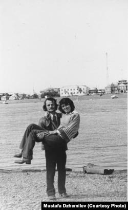 Мустафа и Сафинар Джемилевы в Якутии. Июль 1980. Архив Мустафы Джемилева