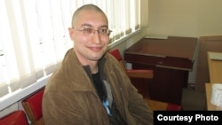 "Yevgeny Tankov is serving a three-year sentence for ""assaulting a judge."" (file photo)"