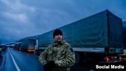 Активісти блокують російські вантажівки, 11 лютого 2016 року