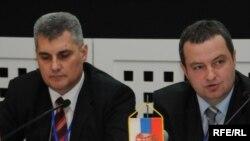 Ivan Brajović i Ivica Dačić na skupu u Budvi Foto: Savo Prelević