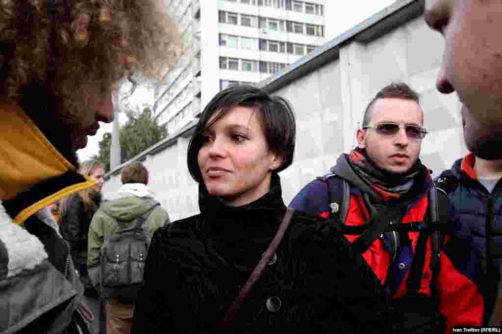 Журналисты в защиту Дениса Синякова. Алина, жена Дениса Синякова
