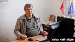 Abedin Maliqi, the principal at Hasan Prishtina, Alejhim Maliqi's elementary school.