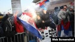 Banjaluka, paljenje hrvatske zastave, foto: Klix.ba