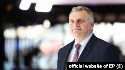 Peter Kurumbașev, membru al grupului socialist al Parlamentului European