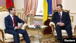 После Харькова в Киеве президенты уже едва ли чем-то кого-то удивят После Харькова в Киеве президенты уже едва ли чем-то кого-то удивят