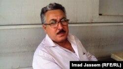 فنان الكاريكاتير علي المندلاوي