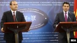 Министрите за надворешни работи на Албанија и на Македонија Едмонд Хаџинасто и Никола Попоски.
