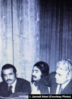 احمد شاملو در کنار ایرج جنتی عطایی و فریدون فرخزاد