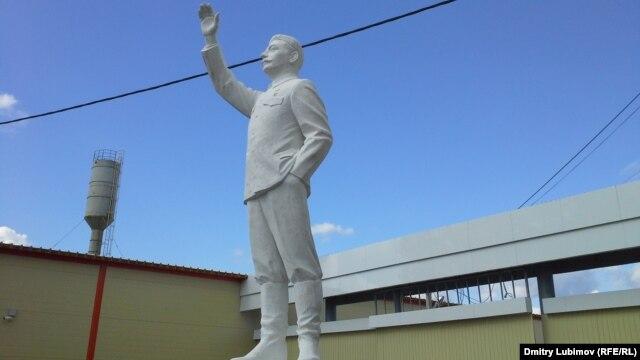 Памятник Сталину в Шелангере