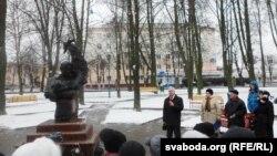 Выступае Рыгор Кастусёў