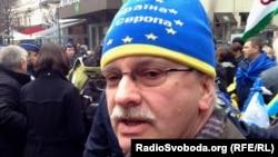 Міхаель Ґалер на Євромайдані у Брюсселі 21 січня 2014 року