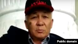 Өмірбек Жампозов Қазақстан президентінен көмек сұрап отыр. (YouTube желісіне жариялаған видеосынан скриншот)