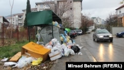 Uncollected garbage on the streets of Mostar (illustrative photo)