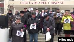 La un protest al Mișcării Profesioniștilor la Chișinău