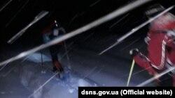 До пошуків залучили понад 20 рятувальників і працівників лісового і мисливського господарств (фото прес-служби ДСНС)