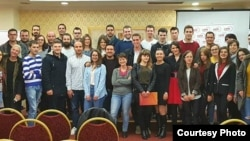 """На 27ми и 28ми октомври во Битола се одржи дводневна конференција на тема """"Улогата на локалните власти во поддршката на младинското претприемништво како алатка за економски развој и вработување"""", во организација на Здружение на граѓани ЦЕФЕ Македонија."""