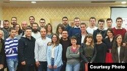 Maqedoni - Të rinjtë maqedonas gjatë një konference për fuqizimin e ndërmarrësve të rinj
