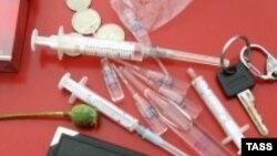 سازمان ملل تعداد معتادان را حدود ۶ ميليون نفر و يا تقريبا ۱۰ در صد جمعيت ايران می داند.