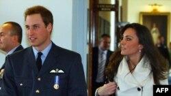 شاهزاده ويليام زمانی که در دانشگاه «سنت آندروز» اسکاتلند درس می خواند با کيت ميدلتون، از دانشجويان اين دانشگاه آشنا شد و از آن زمان با هم دوست بوده اند.