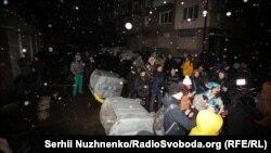 Протестувальники під будівлею Лук'янівського СІЗО у Києві, 28 грудня 2019 року