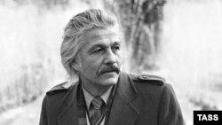 Mihai Volontir in 1985