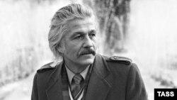 Актер Михай Волонтир.
