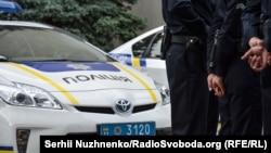Поліція: громадські формування можуть залучатися до охорони громадського порядку і державного кордону лише після проходження спеціальної реєстрації та здійснювати таку діяльність винятково за участі поліції