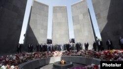 """Yerevanda """"Soyqırım Qurbanlarının Xatirə Kompleksi"""""""