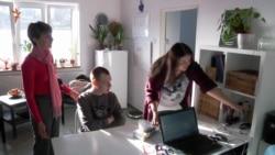Безкоштовне лікування, домашня атмосфера: життя аутистів у Чехії