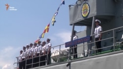 Порошенко «декомунізував» корабель ВМС «Кіровоград»