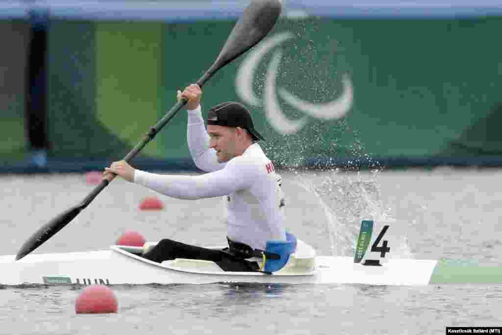 Szintén aranyérmes a kajakos Kiss Péter Pál,így tizennyolc éves korára paralimpiai világ- és Európa-bajnoknak mondhatja magát. Kajakban sosem győzött még magyar versenyző a paralimpián