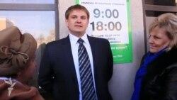 Спеціаліст з обслуговування клієнтів «ПриватБанку» про подальшу роботу в Криму