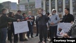 Бишкек мэриясынын алдындагы митинг. 3-апрель, 2018-жыл