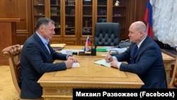 Марат Хуснуллин (слева) и Михаил Развожаев