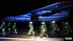 Российские военные на аэродроме «Бельбек», архивное фото