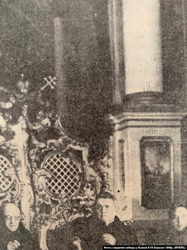 Отці Антоній Пелвецький, Гавриїл Костельник, Микола Мельник на псевдособорі