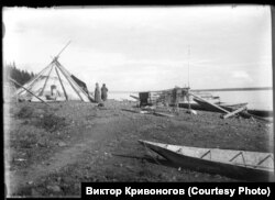 Подкаменная Тунгуска өзені. Кет халқы тұратын жер. 20-ғасырдың ортасы