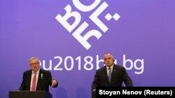 Претседателот на Европската комисија Жан-Клод Јункер на заедничка прес-конференција со бугарскиот премиер Бојко Борисов во Софија