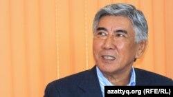Жармахан Туякбай, председатель ОСДП. Алматы, 5 декабря 2013 года.