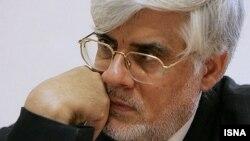 محمدرضا عارف، عبدالواحد موسوی لاری و معصومه ابتکار یا شهیندخت مولاوردی (از مقامهای زن دولت ایران) از جمله کسانی هستند که در این همایش شرکت میکنند
