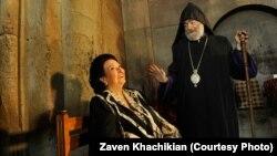 Монсеррат Кабалье во время посещения Нагорного Карабаха в июне 2013 года