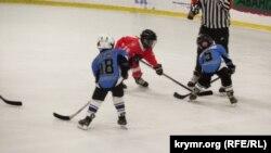 Хокейний турнір на льодовому катку «Арена-Південь» у Ялті